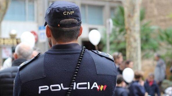 Detienen a la madre del bebé hallado muerto en un contenedor en Gijón