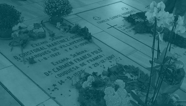 Imagen de la tumba de Carmen Franco, en La Almudena.