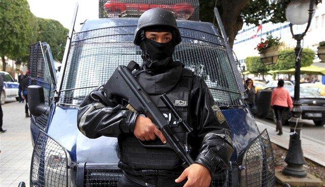 Policía en Túnez