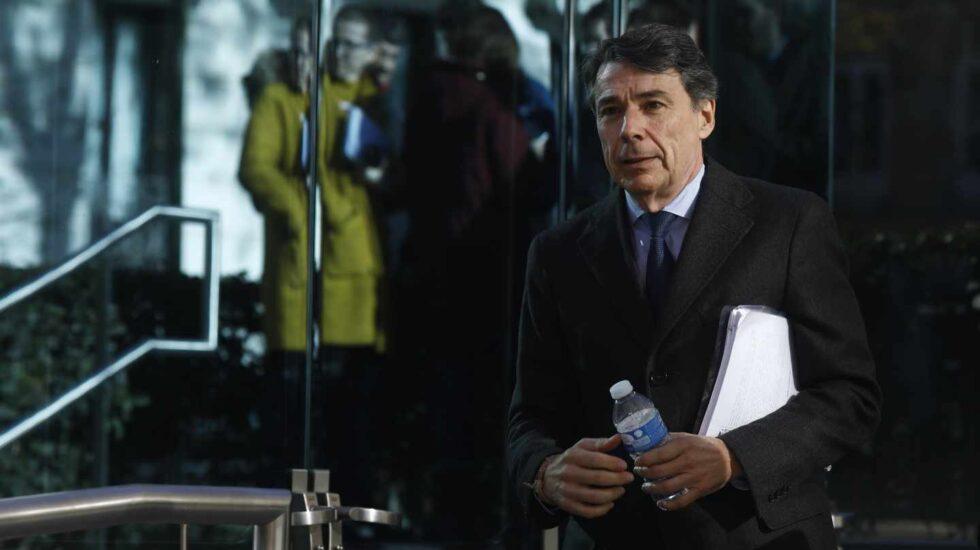 El ex presidente de la Comunidad de Madrid Ignacio González, saliendo de la Audiencia Nacional.