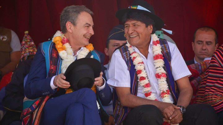 José Luis Rodríguez Zapatero y Evo Morales, en Bolivia.