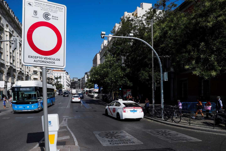 Los coches de comerciantes con etiquetas B y C podrán entrar en Madrid Central