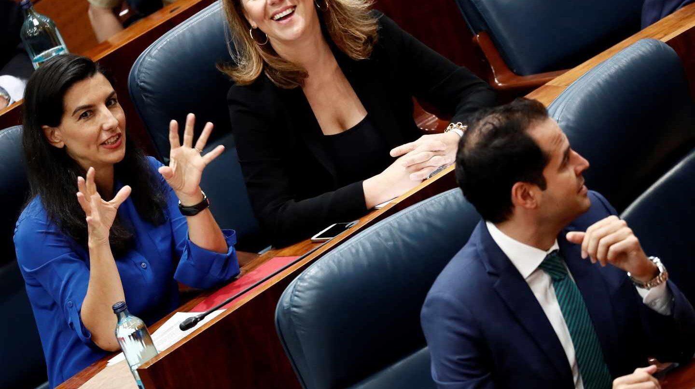 Rocío Monasterio (Vox) e Ignacio Aguado (Cs), en la Asamblea de Madrid.