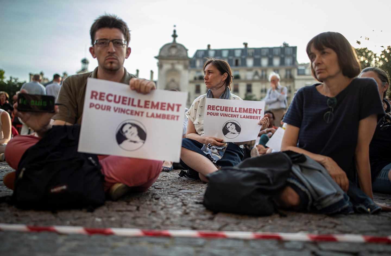 Muere Vincent Lambert, el francés en estado vegetativo al que 'desconectaron' tres veces