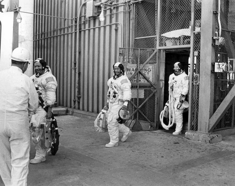 De izquierda a derecha, Armstrong, Aldrin y Collins durante unas pruebas | NASA