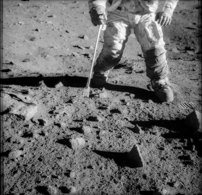 El astronauta Charles Conrad Jr. durante la misión Apolo 12 en noviembre de 1969 | NASA