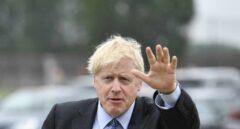 """Boris Johnson asegura que no abandonará """"ni un pelo de un macaco"""" sin contar con los gibraltareños"""