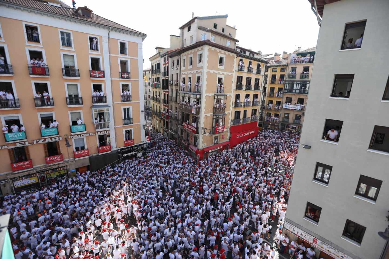 Dos soldados fuera de servicio evitan un apuñalamiento en San Fermín