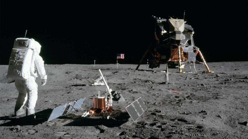 """El astronauta Buzz Aldrin y el módulo lunar """"Eagle""""   NASA"""