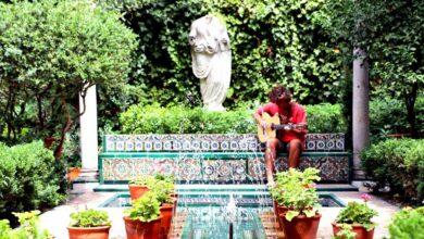 Guitarricadelafuente, de las villas de Benicàssim al cielo de Madrid