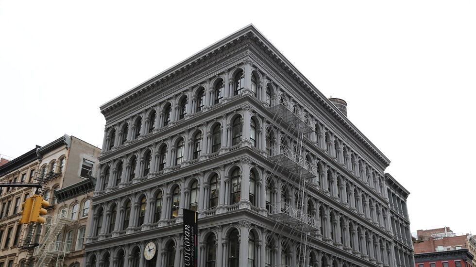 Fachada del emblemático edificio Haughwout de Nueva York, propiedad de Amancio Ortega.