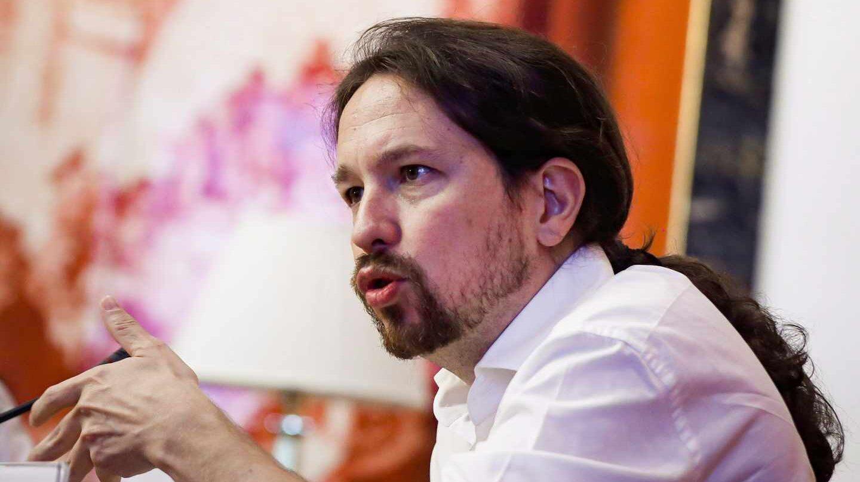 """Iglesias renuncia a entrar en el Gobierno pero pide a Sánchez que no haya """"más vetos"""" a su equipo"""