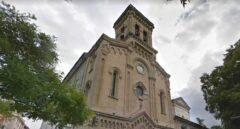 Un rayo fulmina las campanas y el reloj de la torre de San Fermín en Pamplona