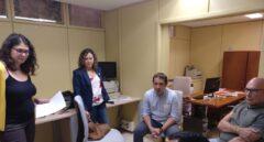 La diputada de Podemos en La Rioja, Raquel Romero, junto a su equipo.
