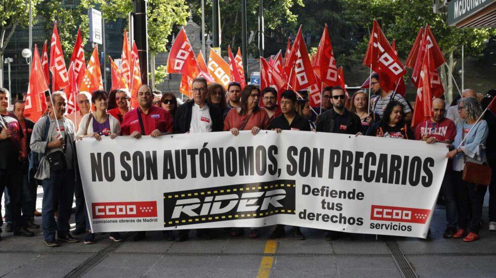 Manifestación en defensa de los 'riders'.