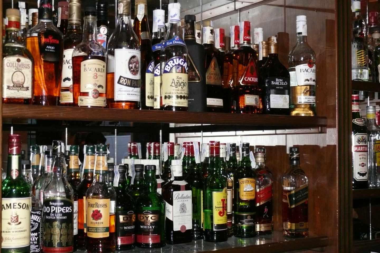 Guerra al 'garrafón': las botellas llevarán un código QR para validar su legalidad