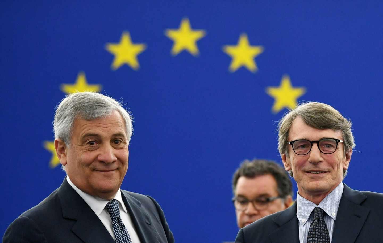 David-Maria Sassoli, junto a su predecesor Antonio Tajani este miércoles en el Parlamento Europeo.