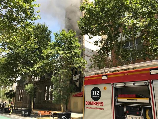 Incendio edificio ocupado Barcelona