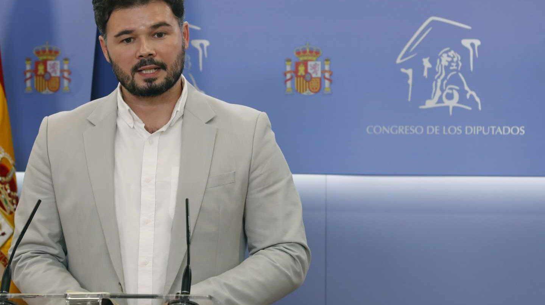 Gabriel Rufián, tras su reunión con Adriana Lastra en el Congreso de los Diputados.