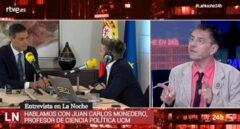 El fundador de Podemos, Juan Carlos Monedero, durante una entrevista en el Canal 24 horas.