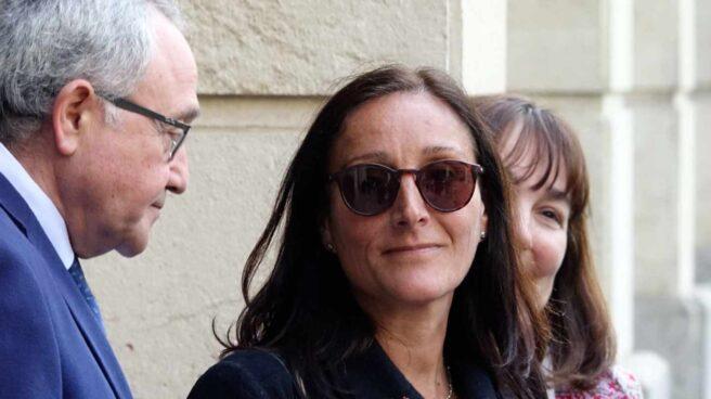 María Núñez Bolaños, en una concentración a las puertas de la Audiencia de Sevilla.