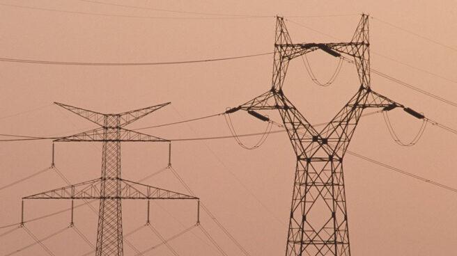 Una torre de distribución eléctrica.