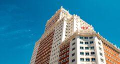La fachada del nuevo hotel Riu Plaza España.