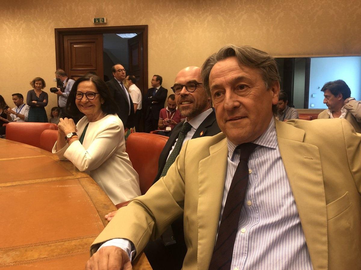 El nieto de Manuel Fraga deja el PP y pasa a ser asesor de Vox en el Parlamento Europeo