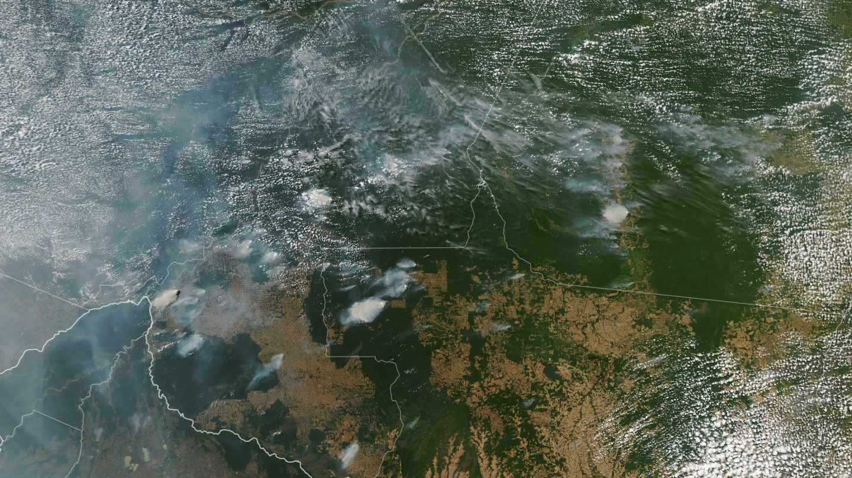 Imagen satelital de los incendios del Amazonas.