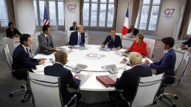 Mesa redonda con los líderes del G-7.