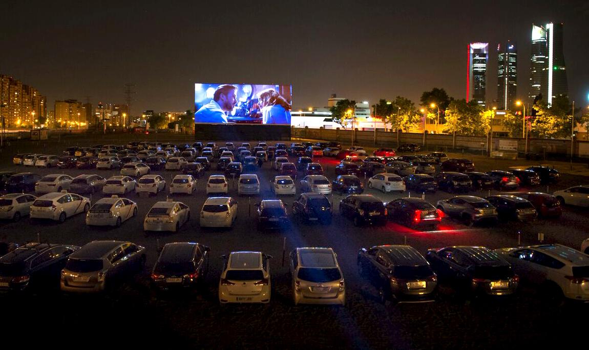 El autocine del RACE ofrece una película cada noche