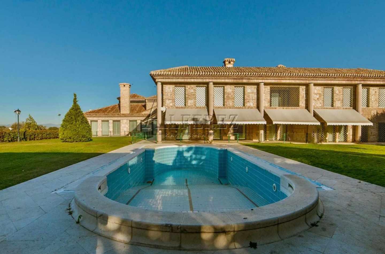 Casa en Boadilla del Monte (Madrid)