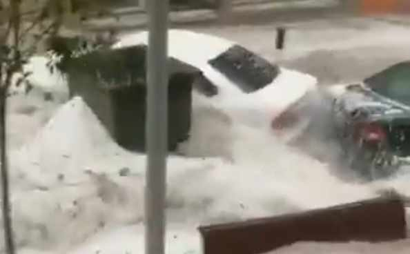 Inundaciones en las calles de Arganda del Rey por las precipitaciones.