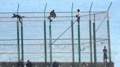 Interior elevará las vallas fronterizas de Ceuta y Melilla hasta los 7,80 metros