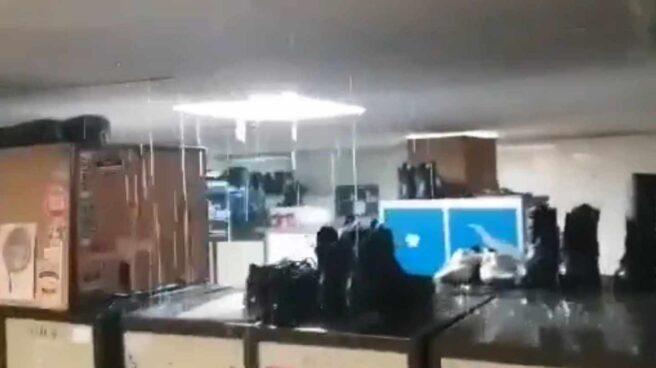 Goteras en una instalación de la Policía Municipal de Madrid.