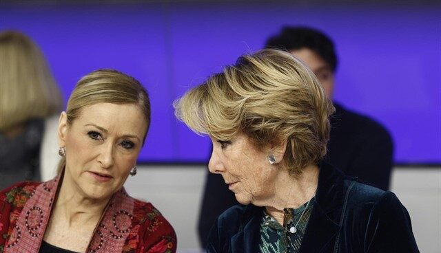 Las ex presidentas de la Comunidad de Madrid, Cristina Cifuentes y Esperanza Aguirre