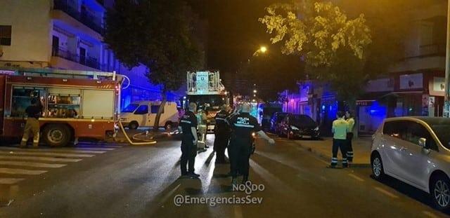Los equipos de emergencia actúan en el lugar donde se ha producido el suceso.