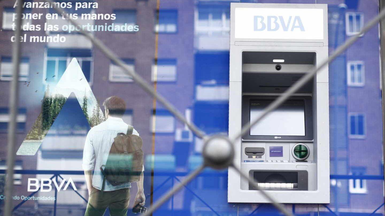 Moody's avisa a BBVA: el golpe a su reputación podría dañar su solvencia.