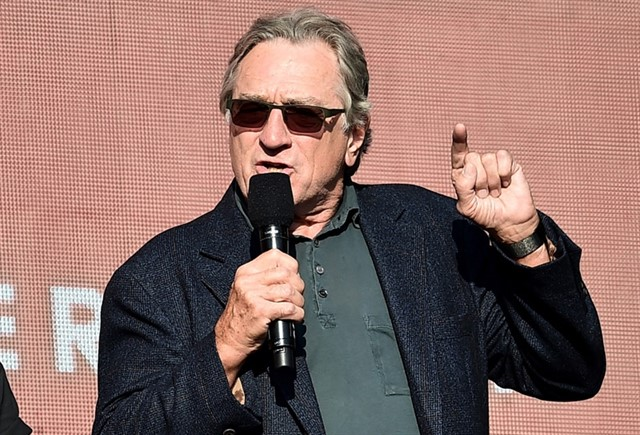 Compañía de Robert De Niro demandó a trabajadora por ver series de Netflix