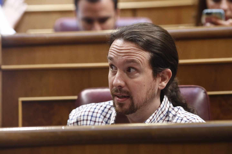 Iglesias durante la segunda y fallida votación en el Congreso de los Diputados para la investidura de Sánchez, el 25 de julio.