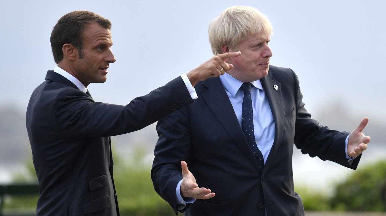 Emmanuel Macron y Boris Johnson, antes de la primera cena oficial del G-7 en Biarritz.