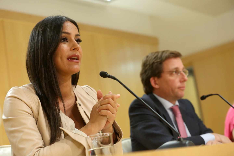 La vicealcaldesa Villacís y el alcalde Martínez-Almeida, el pasado 11 de julio.