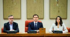 El líder de Ciudadanos, Albert Rivera, acompañado de Inés Arrimadas y José Manuel Villegas.