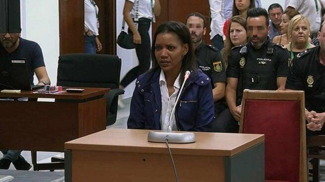 Ana Julia Quezada.
