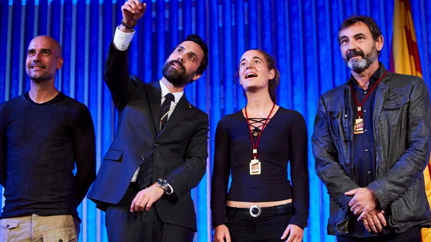 Guardiola, junto a Roger Torrent, Carola Rackete y Óscar Camps (Open Arms).