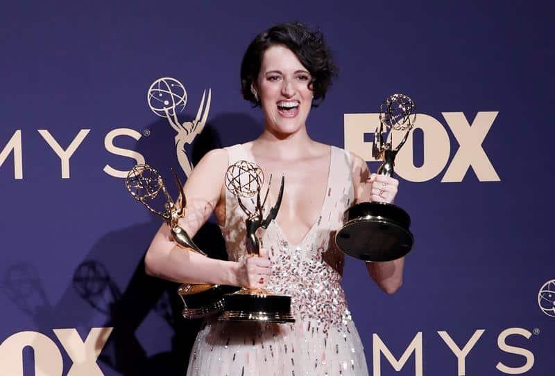 Phoebe Waller-Bridge tiene los premios Emmy por Mejor actriz principal en una serie de comedia, Mejor guion en serie de comedia y Mejor serie de comedia todo por 'Fleabag' en la 71a ceremonia anual de Primetime Emmy Awards celebrada en el Teatro Microsoft en Los Ángeles, California, Estados Unidos, 22 de septiembre de 2019.
