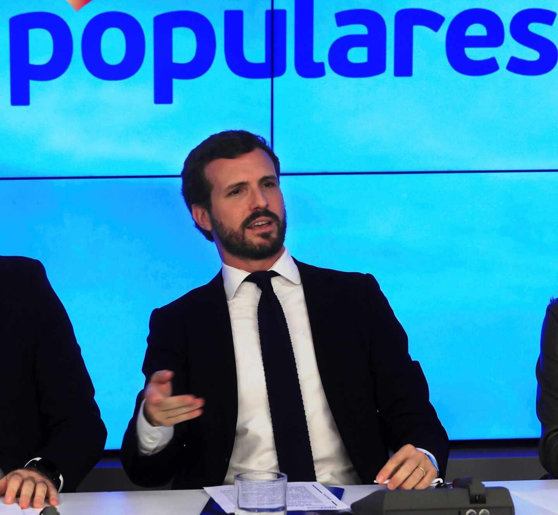 """Casado asume el fracaso de """"España suma"""" pero mantiene el mensaje porque """"desgasta a Rivera"""""""