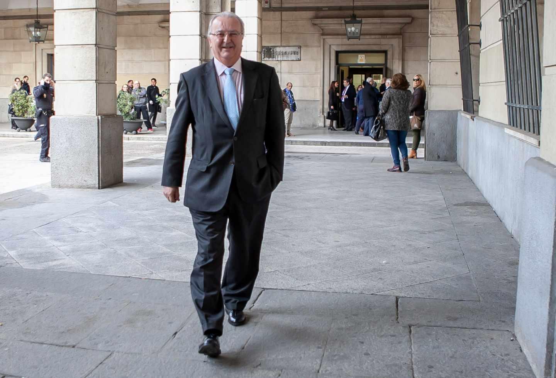 Antonio Fernández, consejero andaluz de Empleo entre 2004 y 2010, dirigiéndose a la Audiencia de Sevilla durante el juicio.