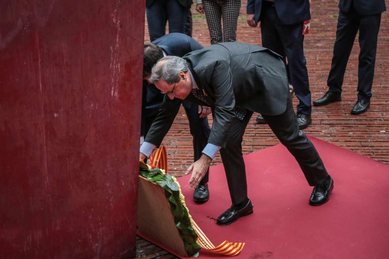 El presidente de la Generalitat, Quim Torra, durante una ofrenda floral en la Diada