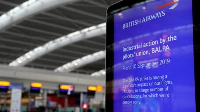 Cartel informativo sobre la huelga de pilotos de British Airways.